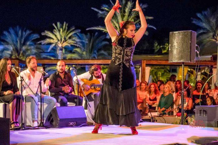 Bailaores profesionales que dejan al público sin habla. Fotos: Destino Ibiza