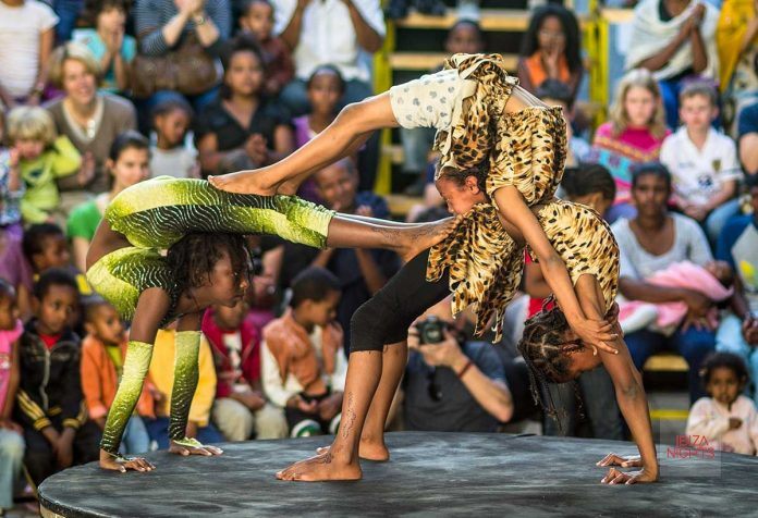 Increíbles espectáculos circenses de la mano de Fekat Circus. Foto: Fekat Circus