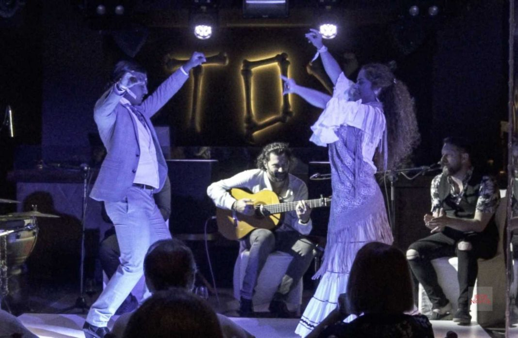 Marina Valiente y el Carpeta, derroche de arte en el escenario. Fotos: Hotel Destino Ibiza