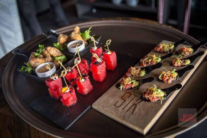 Una amplia e innovadora selección de platos. Fotos: STK Ibiza